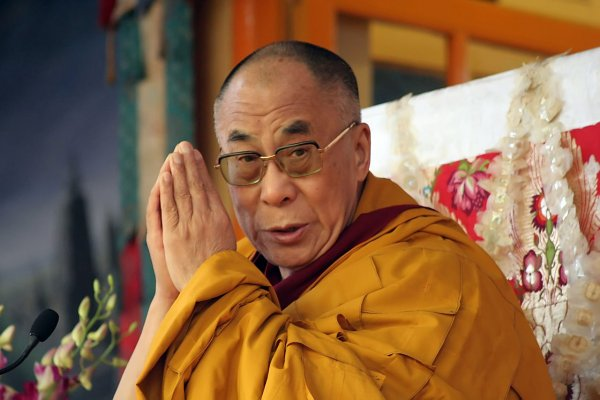 Далай-лама: Трамп и человечество не должны быть эмоциональными материалистами