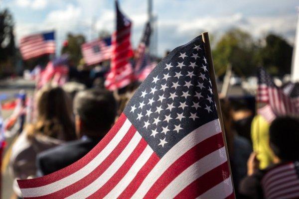 «Сурки-вандалы» срывали флаги с могил ветеранов в США