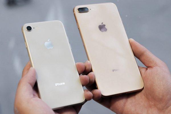 Трамп пообещал не вводить дополнительные пошлины на iPhone китайской сборки