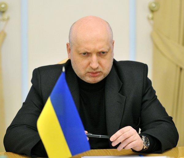 Турчинов увидел «военную угрозу» для Украины из-за Крымского моста