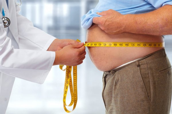 Ученые: Связь между лишним весом и раком груди существует