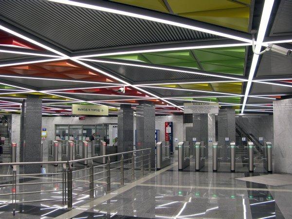 В метро Москвы назвали самые популярные станции среди ностранцев
