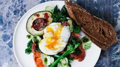 Диетологи назвали самую простую диету