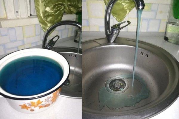 Жители Новочеркасска испугались синей воды из крана