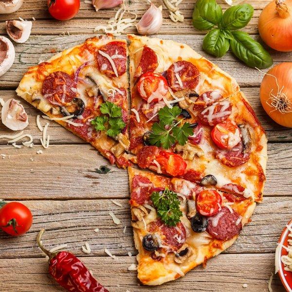 Жителям Смоленска продают пиццу «с асфальта»
