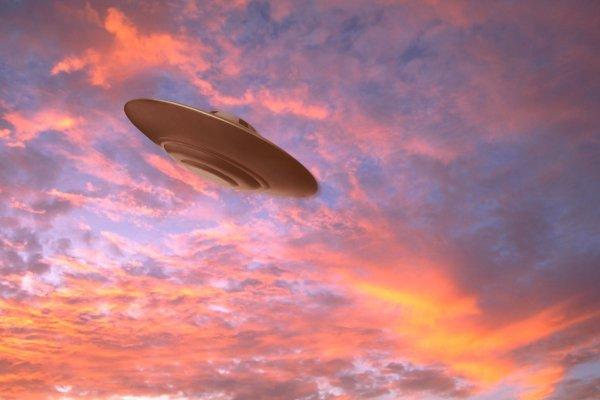 Экс-сотрудник NASA обвиняет правительство в сокрытии НЛО