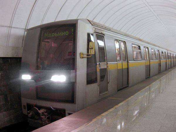 Онлайн-кассы привели к образованию гигантских очередей в метро Екатеринбурга