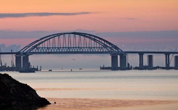 Аксенов называл курьезной ситуацию с «украинским» названием Крымского моста