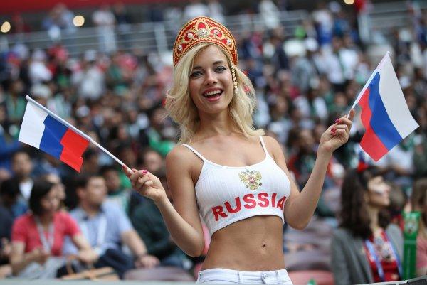 Политолог высказался по поводу распущенного поведения россиянок на ЧМ-2018