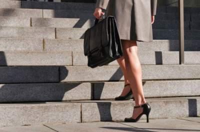 Названы веские причины чаще подниматься вверх по лестницам