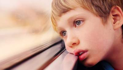 Медики рассказали родителям, как определить аутизм у ребенка