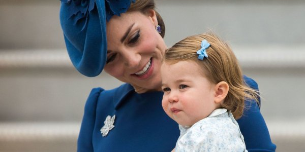 Эксперты рассказали, почему дочь Кейт Миддлтон и принца Уильяма крестили отдельно от её братьев