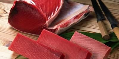 Медики рассказали, кому обязательно нужно есть тунец