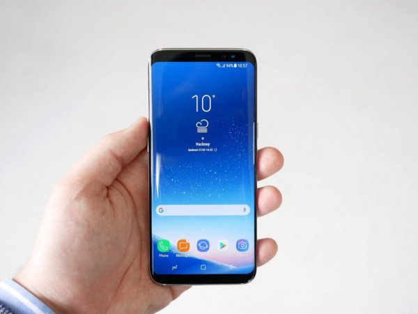 В России резко снизилась стоимость Samsung Galaxy S8 и iPhone 7