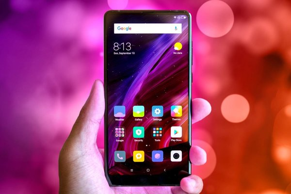 В Сети появились данные о стоимости топовой версии Xiaomi Mi Mix 3