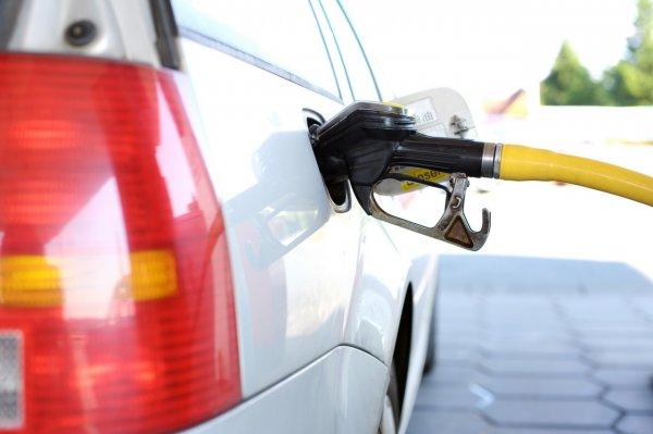 Эксперты рассказали, как избежать недолива топлива на АЗС