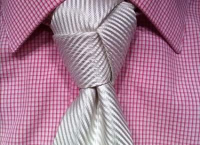 Ученые считают, что галстук ухудшает кровообращение мозга