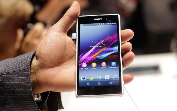 Sony Xperia XZ2 Premium стал самым тяжелым смартфоном компании