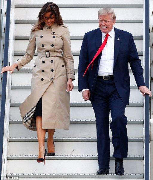 За два дня в Бельгии Мелания Трамп успела надеть три пары туфель Louboutins