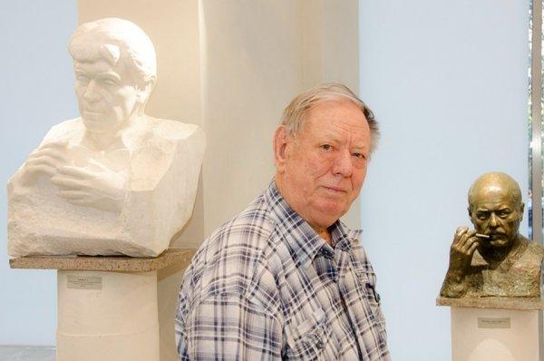 В Волгограде умер легендарный скульптор Виктор Фетисов