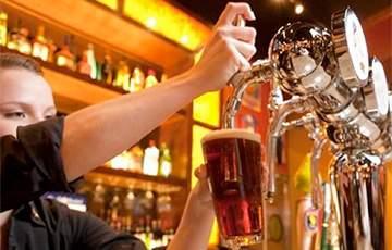 Этот алкогольный напиток поможет избавиться от морщин