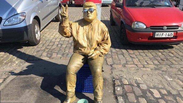 В Хельсинки «золотой Трамп» наживается на туристах