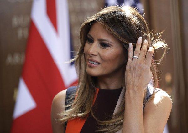 Супруга Дональда Трампа Мелания очаровала европейцев своим чувством стиля