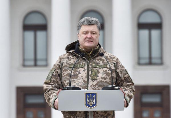 Порошенко тошно от мысли о том, что Украина не подавила Крым и Донбасс с помощью НАТО