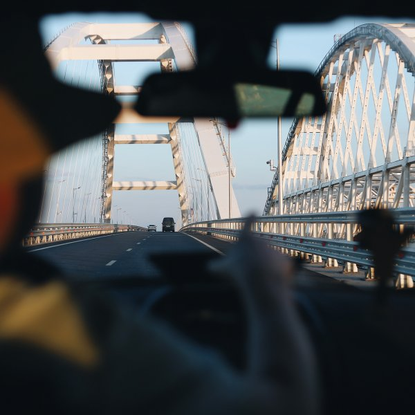 Опытные путешественники рассказали о главных проблемах Крымского моста