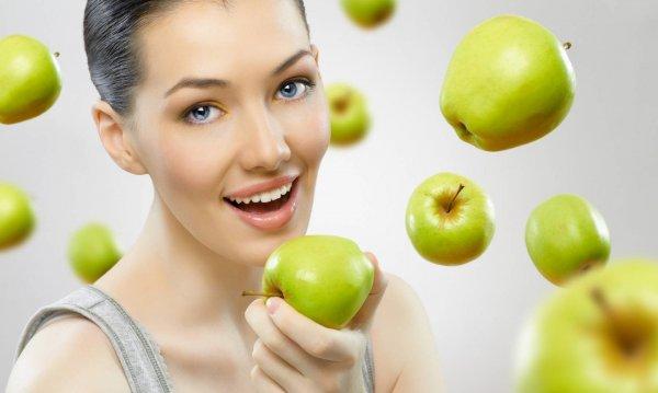 Ученые рассказали, какая пища улучшает работу мозга