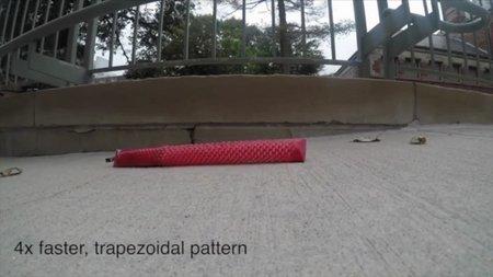 Ученые изобрели робота-змею, способного взбираться по наклонным поверхностям