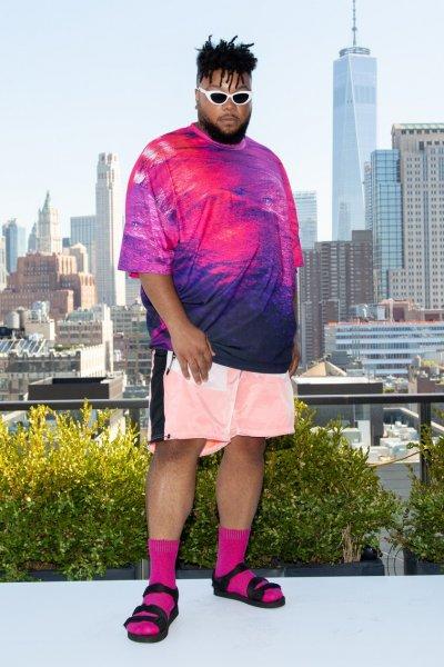 Первый в мире мужчина-модель plus-size шокировал смелым фото