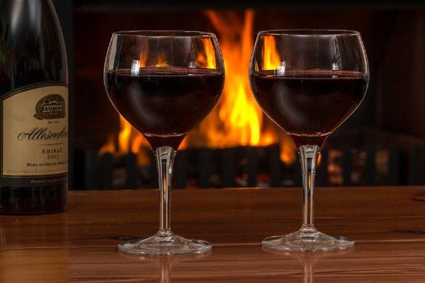 Ученые: Употребление вина существенно увеличивает шансы на беременность