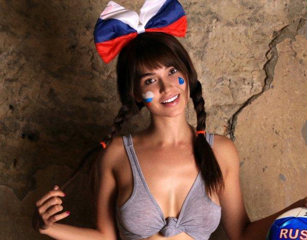 Мария Лиман и Татьяна Котова вошли в десятку самых сексуальных девушек страны