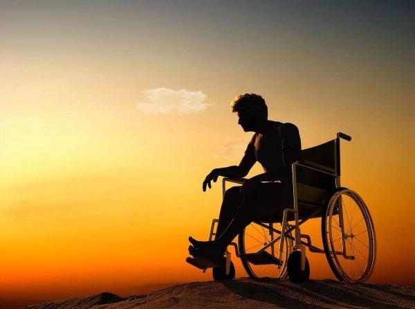 Ученые создали препарат, который лечит паралич при повреждении спинного мозга