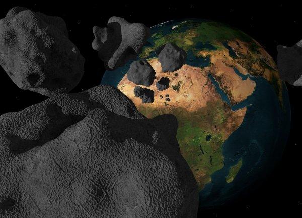 NASA на видео показало, сколько астероидов летает вокруг Земли