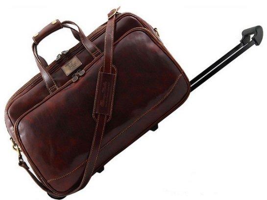 Как выбрать дорожную сумку на колесах?