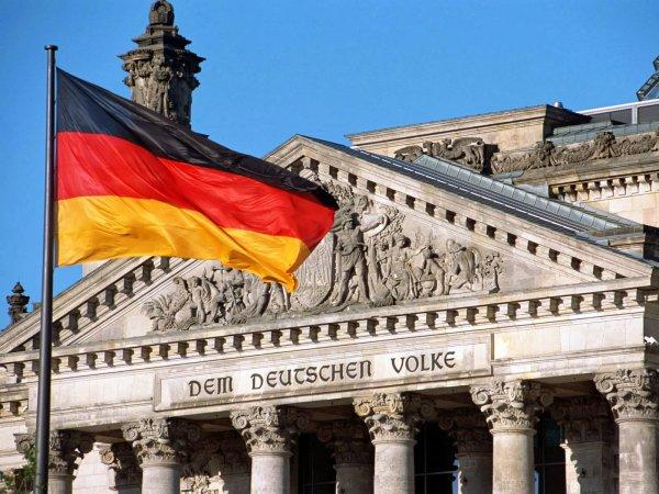 В Германии на 12,5 лет осудили мать, продававшую сына иностранным педофилам