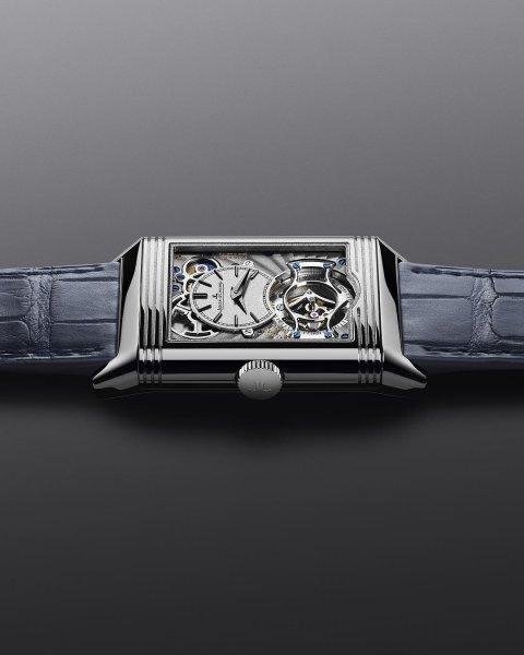 В Швейцарии скончался создатель первых в мире кварцевых часов в возрасте 100 лет