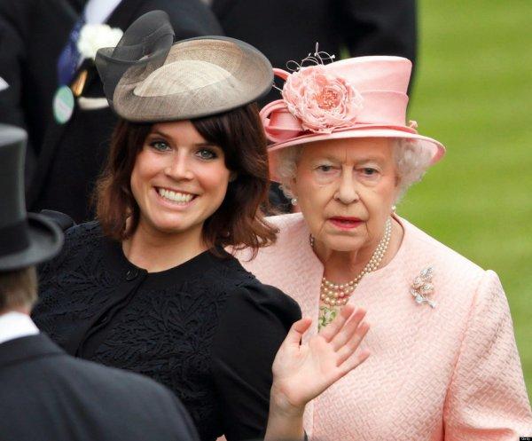 Королева в гневе: Принцесса Евгения отказалась подписывать брачный договор