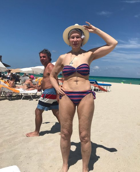 71-летняя Татьяна Васильева без стеснения показала фигуру в бикини