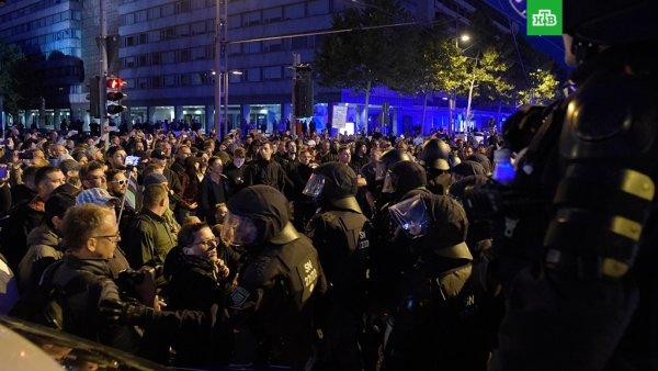 Массовый протест в Хемнице привел к задержанию около 300 человек