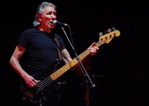 Глава Севастополя попросил основателя группы Pink Floyd приехать в город с концертом