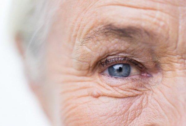 105-летняя жительница Британии раскрыла секрет долголетия