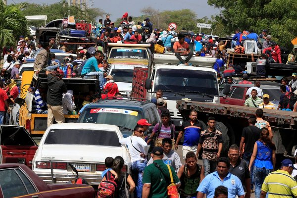 ООН: Венесуэлу ежедневно покидают 5 тыс. человек