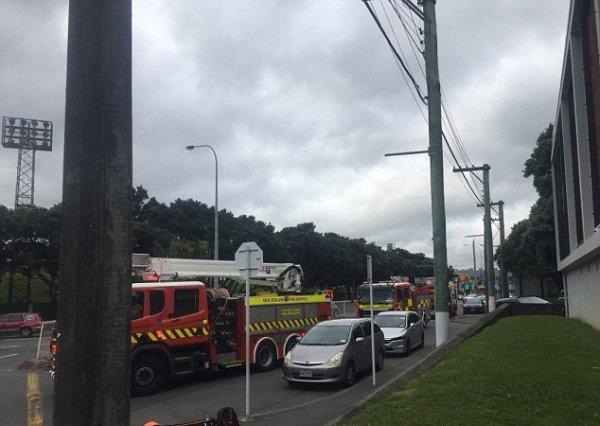 В Новой Зеландии загорелась резиденция, где проживали принц Гарри и Меган Маркл – СМИ