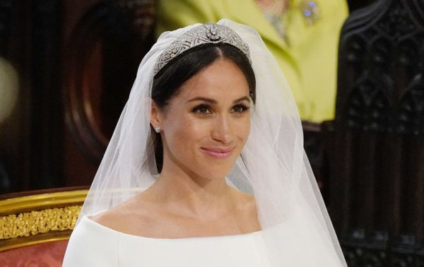 Королева запретила беременной Меган Маркл выбирать имя для ребенка – СМИ