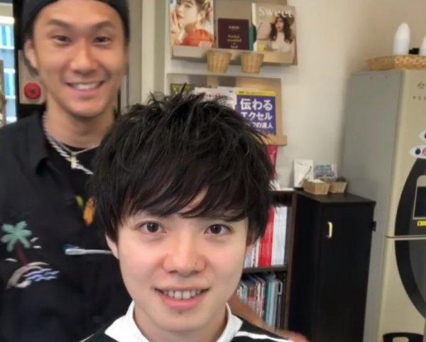Японский стилист показал, как прическа может изменить человека