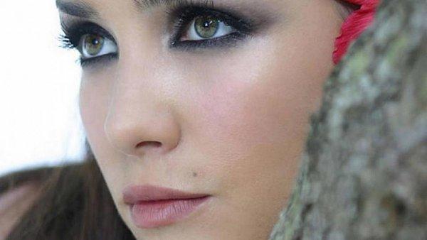 Актриса из Уругвая призналась в любви к России. Клип снимался в Балашихе