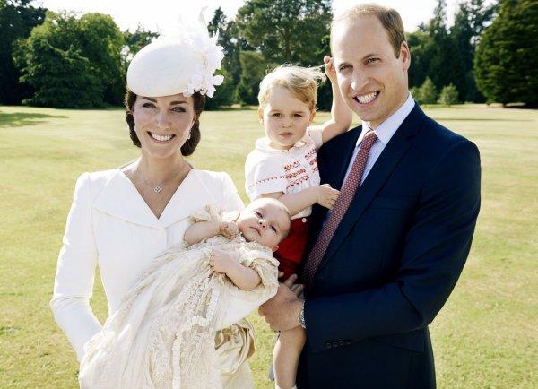 Мать Кейт Миддлтон рассказала о рождественском сюрпризе для внуков – СМИ
